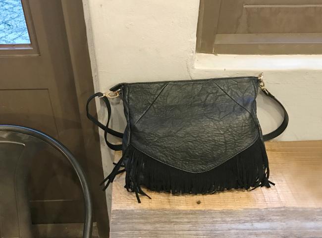 Waiting -bag